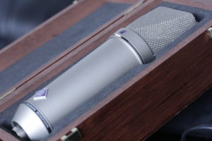Neumann U87 Ai photo macro